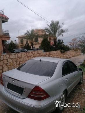 Mercedes-Benz in Saida - سيارة جديدة ، ما فيها ولا ضربة ، بويا جديدة، موتير فيتاس تمام ، فيها cdbox ، مكيّف شغال ، كل شي فيها