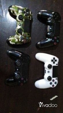 Video Games & Consoles in Tripoli - PS4 controllers Original