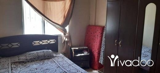 Apartments in Tripoli - شقة للبيع في الميناء طرابلس مساحة 130متر مربع طابق الخامس 3غرف 1حمام. مطبخ صالون انتريه