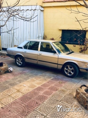 BMW in Nabatyeh - بي ام ٥٢٥ موديل ال ٧٨
