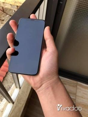 Phones, Mobile Phones & Telecoms in Majd Laya - x 256gb