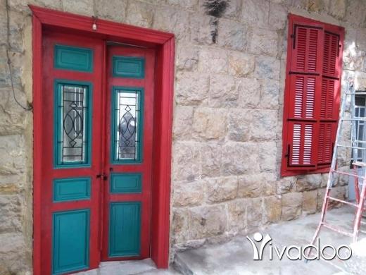 Apartments in Beirut City - للإيجار ب بلدة قبيع طريق عام الشبانية حمانا تبعد عن بيروت ٢٠ دقيقة شقة حجر قديم سفلية مفروشة