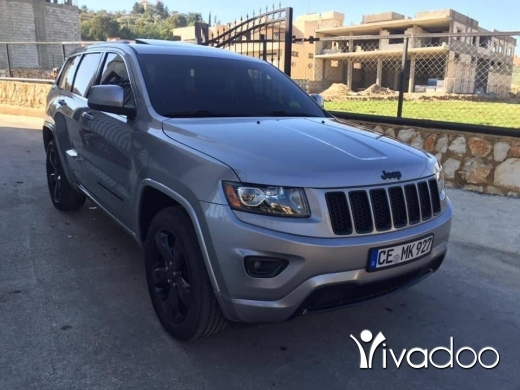 Jeep in Beirut City - Cherokee altitude