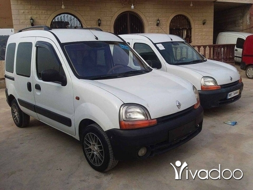 Renault in Akkar el-Atika - ربيد عدد ٢ اجنبي