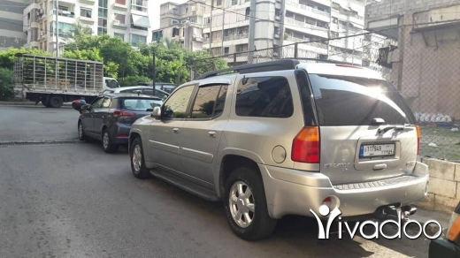 CMC in Beirut City - GMC Envoy 2004 in excellent condition