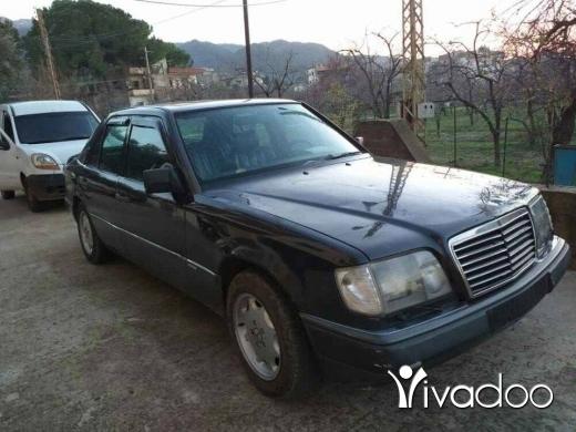 Mercedes-Benz in Tripoli - مرسيدس٢٣٠ صندوق ٣٠٠