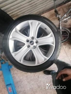 Motorbike Parts & Accessories in Beirut City - Range rover 20. Ajnabyett kter nadaf. 03747687