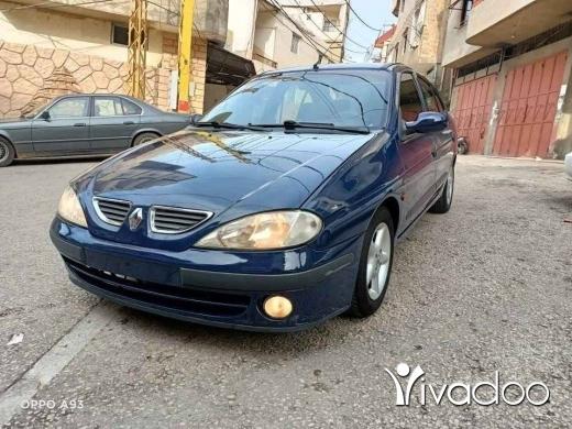 Renault in Tripoli - Renaut megan 2000