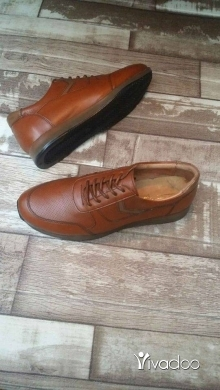 Clothes, Footwear & Accessories in Tripoli - تصفية على الأحذية الجلدية