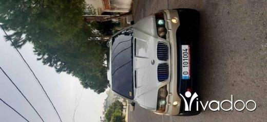 BMW in Choueifat - Bmw w x5 4.4 i xdrive 2001