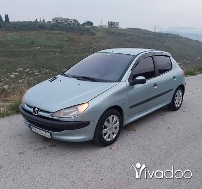 Peugeot in Akkar el-Atika - بيجو ٢٠٦ موديل ٢٠٠٣ انقاد