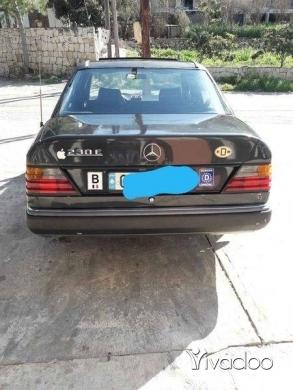 Mercedes-Benz in Minieh - سياره كتير نضيفه ٢٣٠