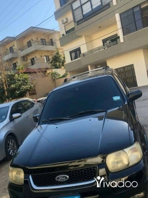 Ford in Tripoli - Ford Escape model 2001