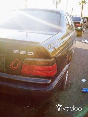 BMW in Tripoli - بوي مودل 93 سياره خرق موتير فتيس شركي مكنيك شركي ٣٢٥ سيار بعده كيان شركي الله يحمي موجودي بصيدا 039