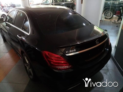 Mercedes-Benz in Beirut City - Mercedes C300 Model 2015 black color with black interior Full options with Panoramic Roof, Xenon lig