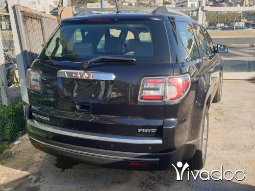 CMC in Beirut City - Gmc acadia 2014 8000km