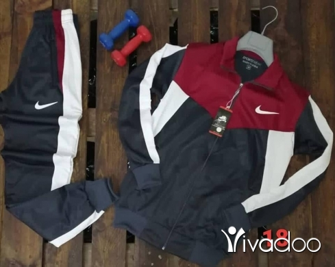 Clothes, Footwear & Accessories in Tripoli - Clothes