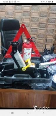 Car Parts & Accessories in Wadi Baankoudine - عرض بس يومان عرض عفريت   طفاي  مثلث بس ١٧٥ الف