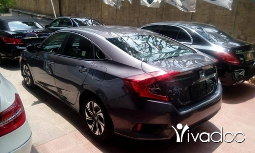 Honda in Beirut City - Honda civic Model 2016 with only 21000mls full options very clean car please for any information cal