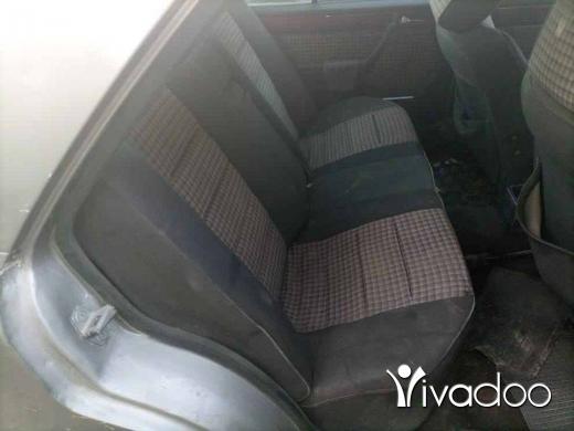 Mercedes-Benz in Zahrani - مرسيدس 300