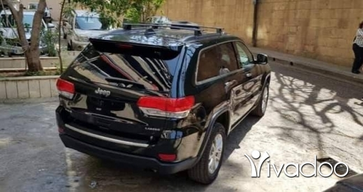 Jeep in Baabda - Black Jeep Grand Cherokee 2015 Laredo