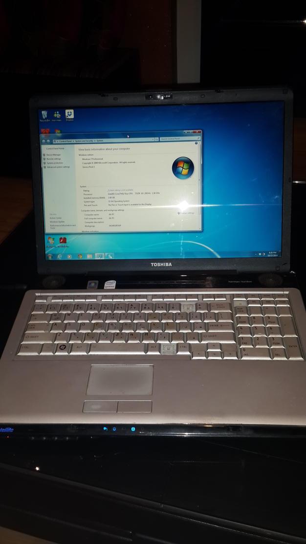 Laptop Toshiba Satellite P205-S7469 17\
