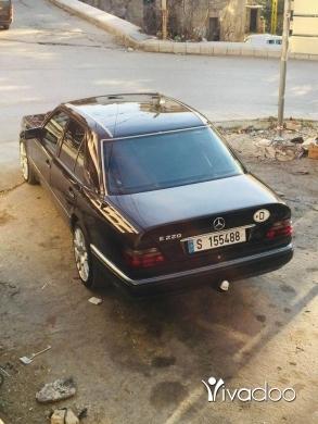 Mercedes-Benz in Akkar el-Atika - سياره 220 موديل 93