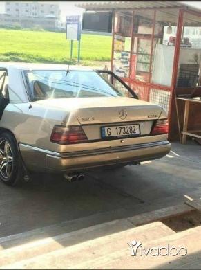 Mercedes-Benz in Tripoli - 260 sandou2 300 model 86