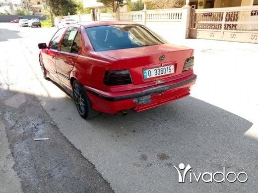 BMW in Tripoli - bmw boy 318