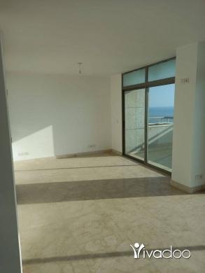 Apartments in Beirut City - شقة للبيع على روشي خط اولي