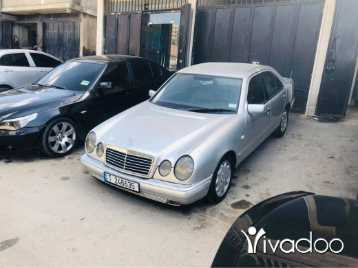 Mercedes-Benz in Tripoli - ام عيون /. 210