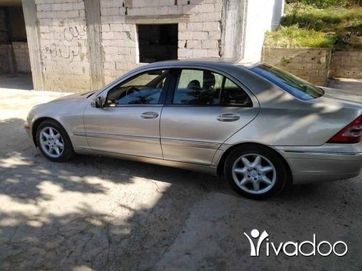 Mercedes-Benz in Karsita - c240 model 2003