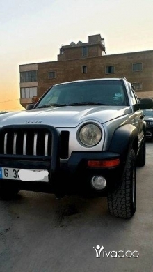 Jeep in Haoush ez Zaraane - Jeep liberty 2002