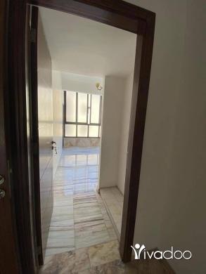Apartments in Beirut City - للبيع شقة مفروشة مميزة ١٠٠ م في الجديدة / المتن بناء حديث تل 71654955