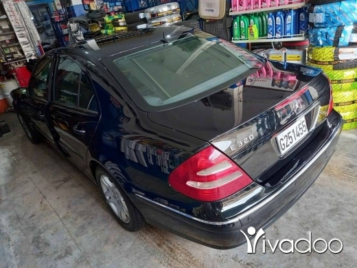 Mercedes-Benz in Zahleh - E320 2005 super 5ar2a