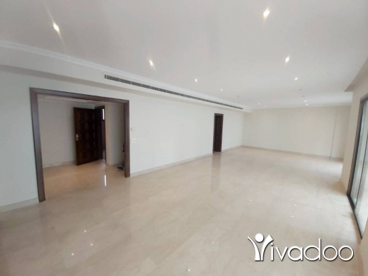 Apartments in Hamra - A 265 m2 apartment for rent in Hamra / Bliss