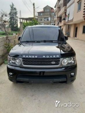 Rover in Tripoli - Sport hse v8 2011