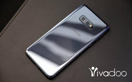 Phones, Mobile Phones & Telecoms in Tripoli - Samsung s10e