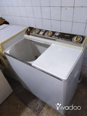 Appliances in Beirut City - غسالة حوضين يابانية 8 كيلو + غسالة كامبومتيك ايطالية 7كيلو