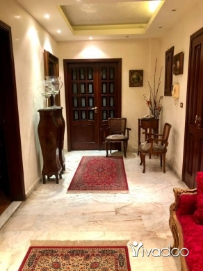 Apartments in Hazmieh - A 200 m2 apartment for rent in Hazmieh