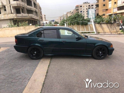 BMW in Beirut City - Bmw boy 320 model1992