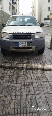 Rover in Tripoli -  LAND POVER