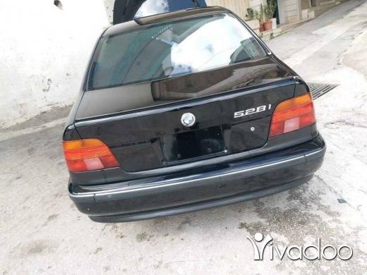 BMW in Beirut City - Top car kteeer ndefe jdede 5ar2a 2000 shrki, 528//03063176