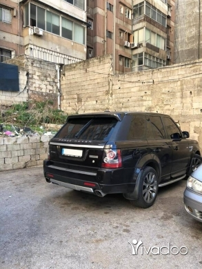 Rover in Beit El Din - Range rover