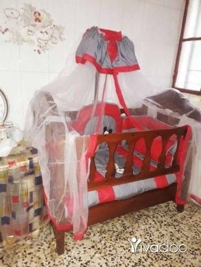 Baby & Kids Stuff in Hadeth - تخت اطفال خشب