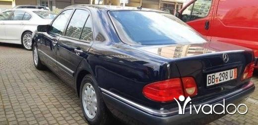 Mercedes-Benz in Tripoli - E230 Elegance 97 germany