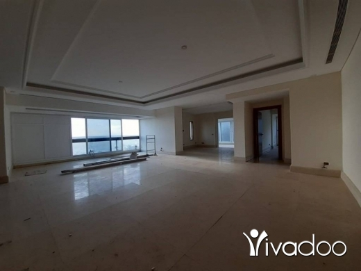 Apartments in Ramlet al-Baydah - A 400 m2 apartment with a terrace having an open sea view for sale in Ramli el bayda