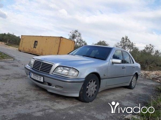 Mercedes-Benz in Zgharta - Mercedes C 200 Konpressor