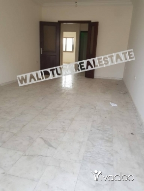 Apartments in Barbour - للبيع شقة في كورنيش المزرعة جهة بربور