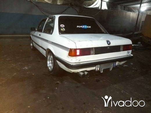 BMW in Tripoli - Bmw 320